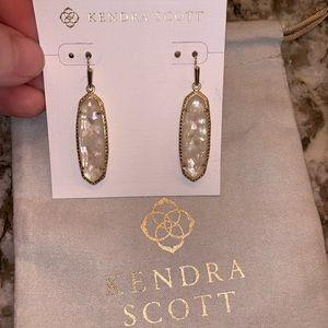 Kendra Scott earnings